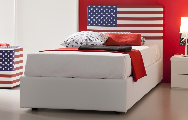 letto con bandiera usa