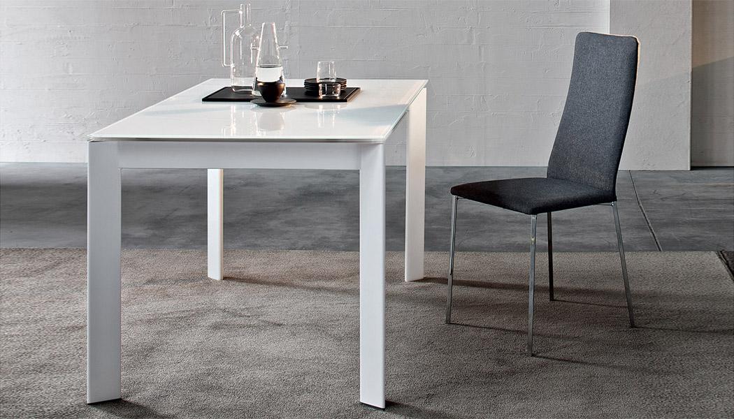 Tavoli da salotto moderni tendenze e design dal web for Tavoli moderni da salotto